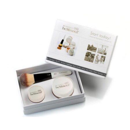 beMineral Kit SPF 15 er et kit der indeholder foundation, highlighter og makeup børste