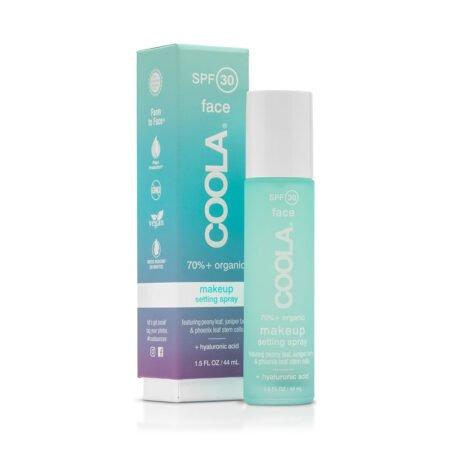 Makeup Setting Spray SPF30 er en fugtgivende toner der sætter makeuppen, fugter huden og beskytter mod UVA/UVB stråler.