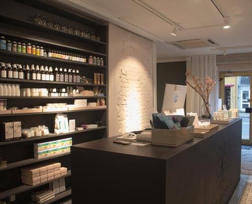 Hudplejeklinik desk og produkter
